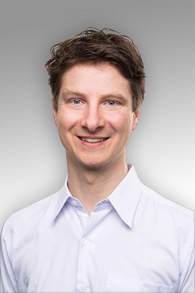 Dr. Helge Rösner